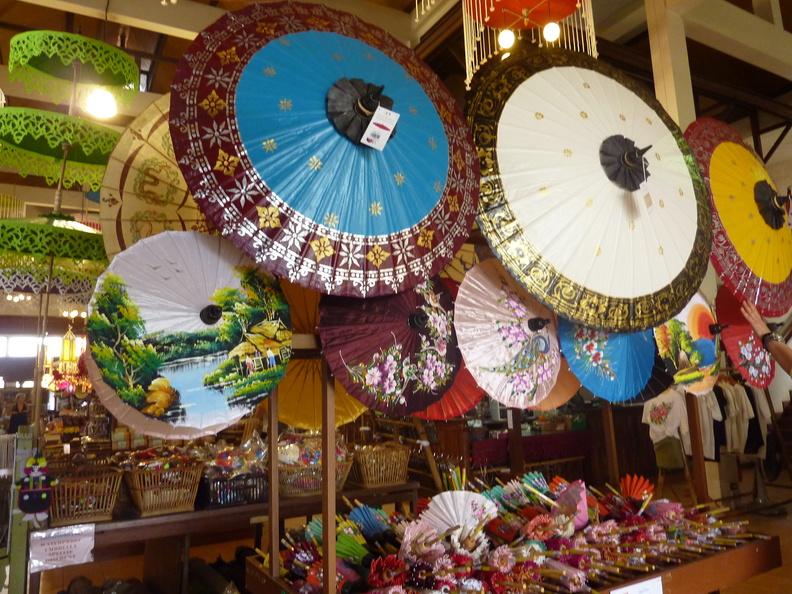 Balade dans Chiang Mai et Bo sang (2/2)